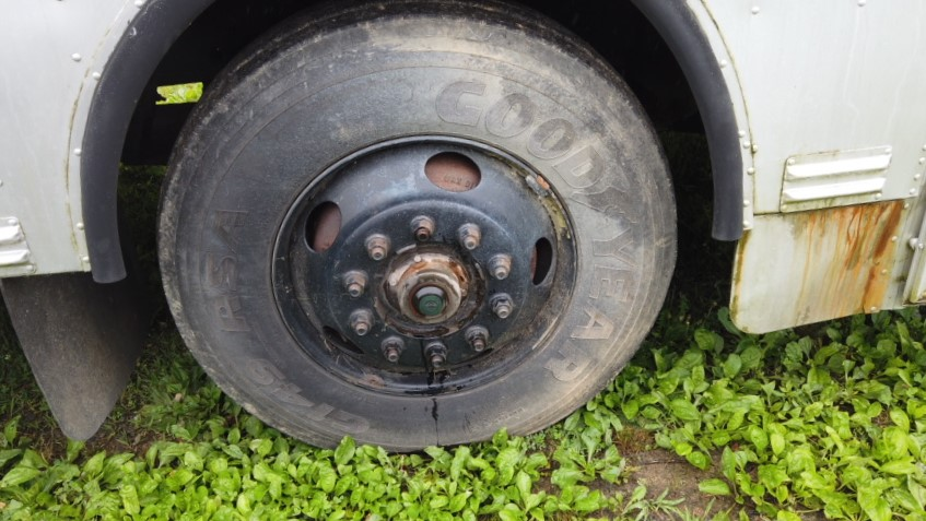 passenger front tire of bus for sale